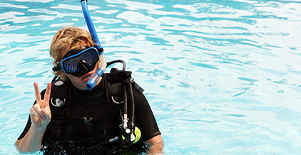 SURFACE AND UNDERWATER RESCURE TRAINING